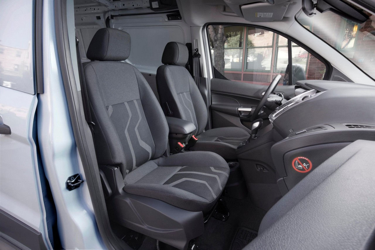 Ford transit connect auto centar krivak for Ford transit connect interior
